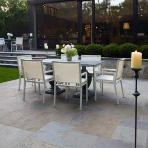 Diing-Patio