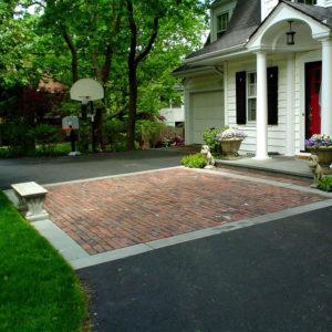 Reclaimed-Brick-and-Bluestone