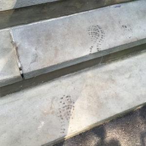 tar-footprints